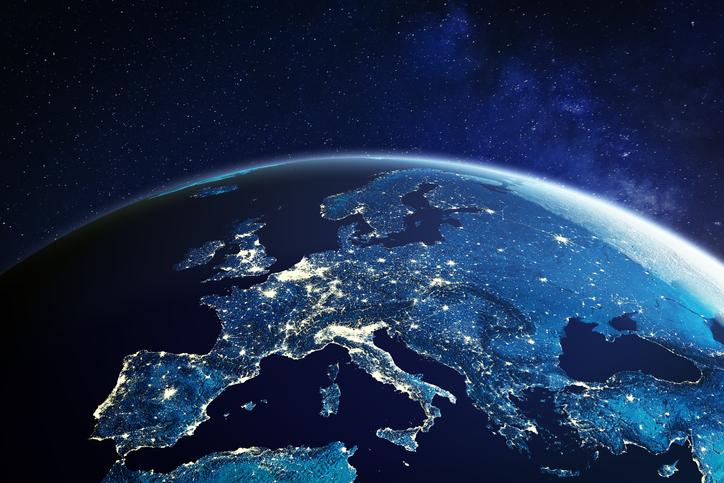 QUERO EMPREENDER NA EUROPA, MAS NÃO QUERO PERDER TEMPO E DINHEIRO. POR ONDE COMEÇO?