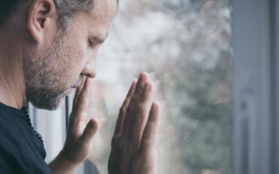 ENSAIOS SOBRE A ANGÚSTIA – COMO A SUPERAÇÃO DAS NOSSAS ANGÚSTIAS PODEM NOS CONDUZIR A UMA NOVA VIDA